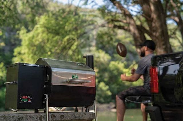 8 Great Portable Grills to Fit Any Budget