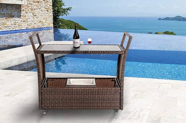 5 Outdoor Bar Sets for Any Budget