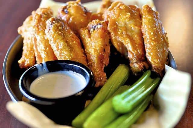 8 Great Chicken Wing Recipes