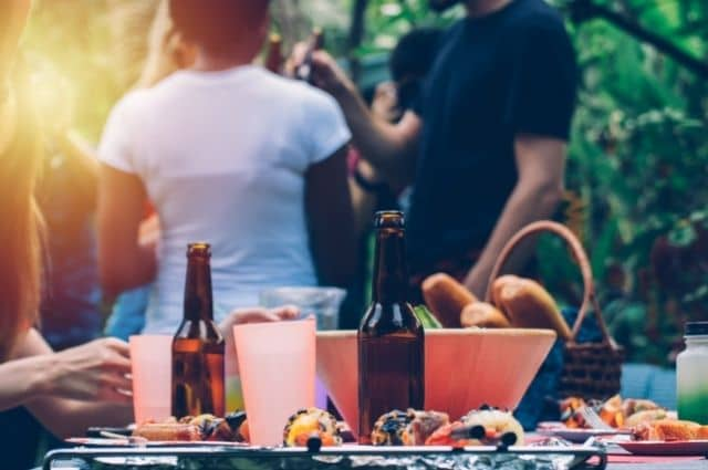 5 Great Tailgate Drinks For This Fall